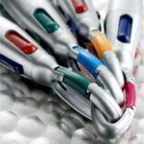 Bolígrafo mosquetón 4 Colores Detalle mosquetón