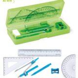 Set escolar geometría para promociones escolares. Verde