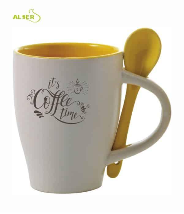 Taza cerámica personalizada muy original con cuchara en color. Amarilla